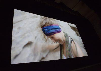 Woman Climber Screen Shot